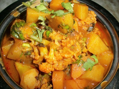 Mixed Vegetables cooked in a Spicy Tomato sauce