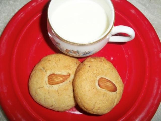 Almond Cookies / Badam Cookies
