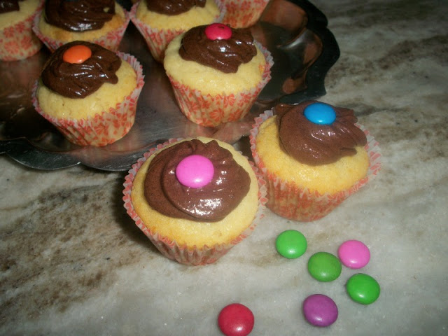 Eggless Vanilla Cupcakes with Chocolate Butter Cream Icing