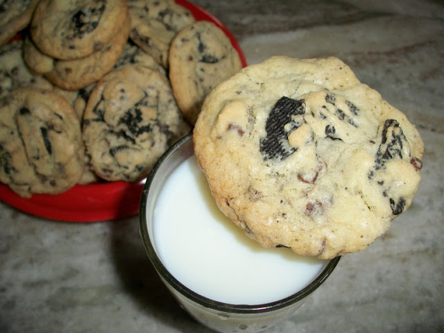 Chewy Oreo & Chocolate Chip Cookies