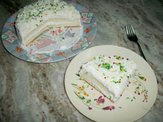 Angel's Food Cake and a Wedding Story