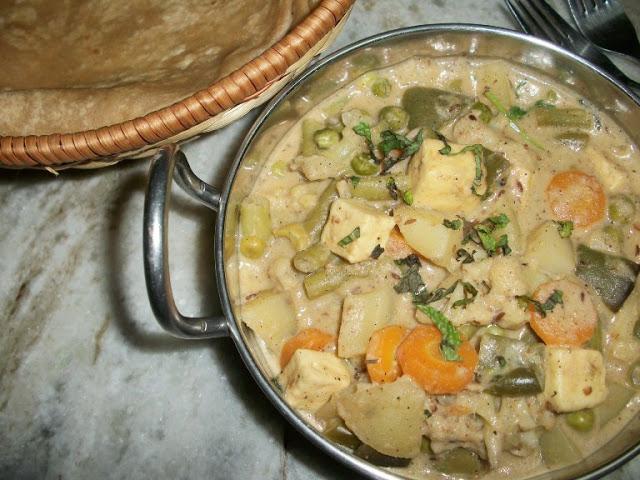 Navaratna Korma(Veggies Cooked in Cream Sauce)
