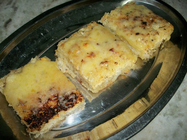 Cheesy Garlic Bread using Focaccia Bread