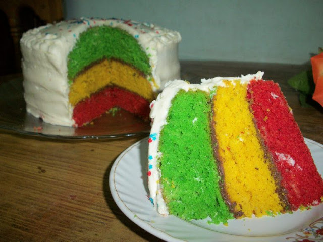 Tri-Colour Rainbow Cake for 300th Post