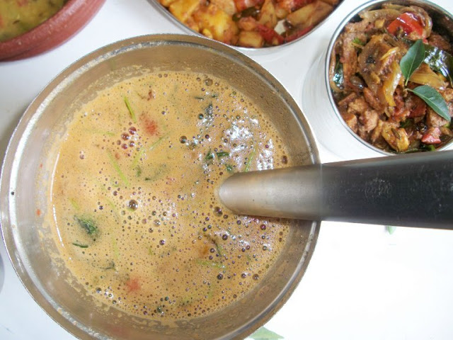 Mysore Rasam (Rasam with Roasted Coconut & Spices)