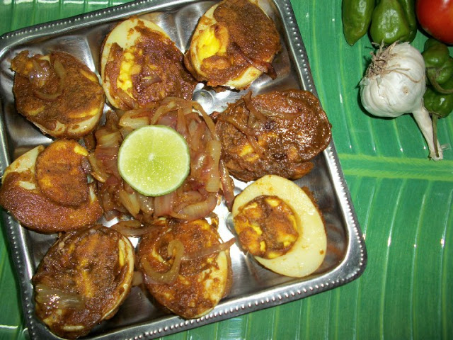 Masala Coated Eggs with Tangy Onions