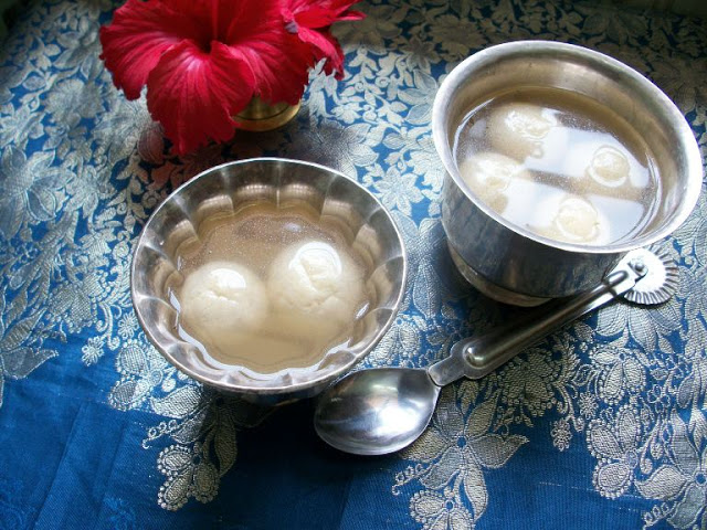 Bengali Rasgulla – Sweets for Diwali