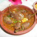Ennai Kathirikai Kulambu / Brinjals cooked in  Tamarind & Coconut Sauce