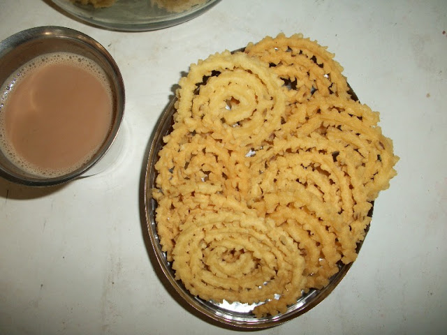 Mullu Muruku – Diwali Snack Recipes ( With Videos and Step wise Pictures)