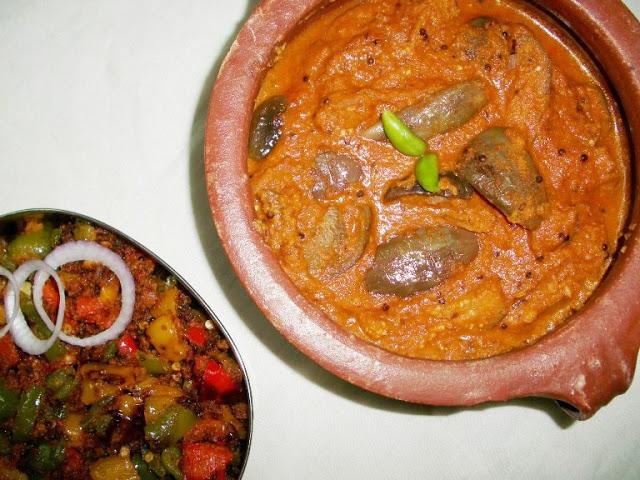 Gutti Vankaya Pulusu Kura / Brinjal Pulusu / Brinjals Cooked in a Tamarind Coconut Sauce