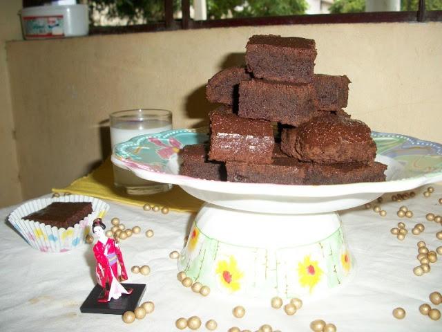 Chocolate Fudge Brownies with Eggs