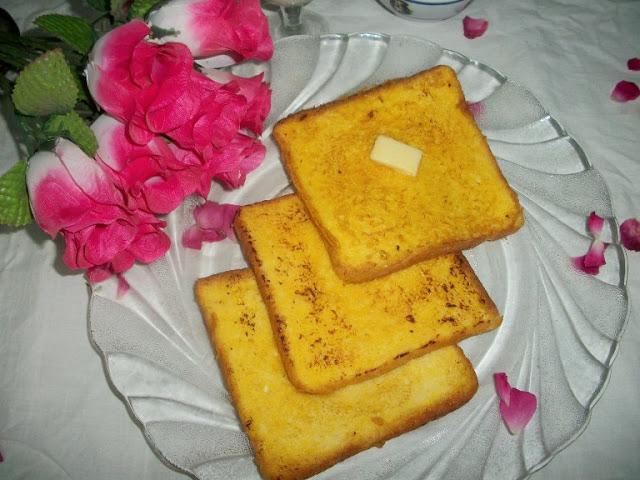 Eggless Sweet French Toast – Easy Breakfast Ideas