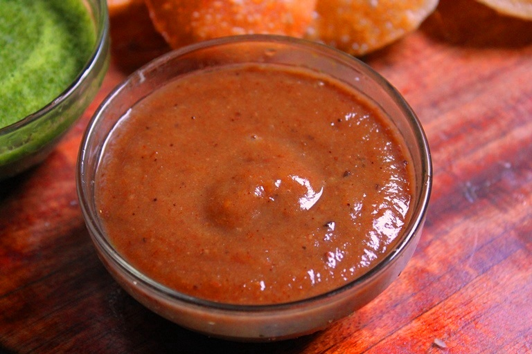 Dates & Tamarind Chutney Recipe / Sweet Chutney for Chaat