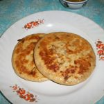 Pyaz Ka Paratha / Onion Paratha /Onion Parantha / Onion Kulcha / Onion Stuffed Indian Flat Bread  – Paratha Recipes / Lunch Box Ideas