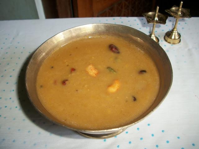 Pasi Paruppu Payasam – Keralan Style / Moong Dal Payasam / Payatham Paruppu Payasam / Pesara Pappu Payasam  for 2,00,000 Hits