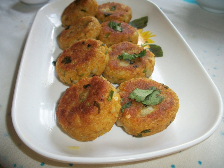Aloo Tikki / Aloo Cutlet / Potato Patties / Aloo Tikki for Ragda Pattice(Patties) – Chat Items