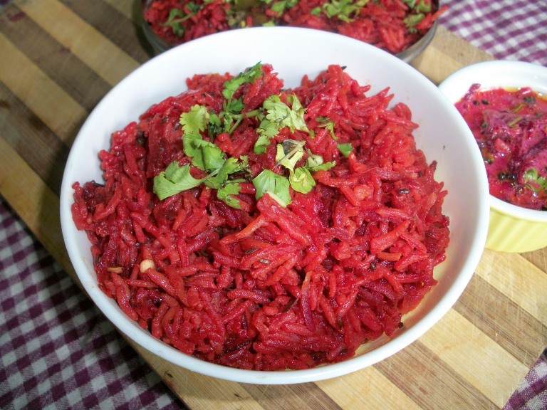 Simple Beetroot Pulav / Beetroot Rice – Lunchbox Ideas