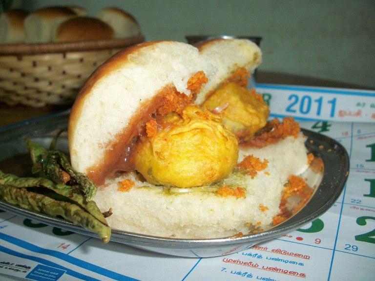 Mumbai Vada Pav / Wada Pav / Vada Pao / Batata Vada / Indian Burger Stuffed with Fried Potato Balls / How to make Potato Bondas  – Chat Recipes