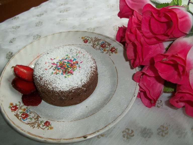 Eggless Chocolate Molten Lava Cake – Valentine Special Recipes
