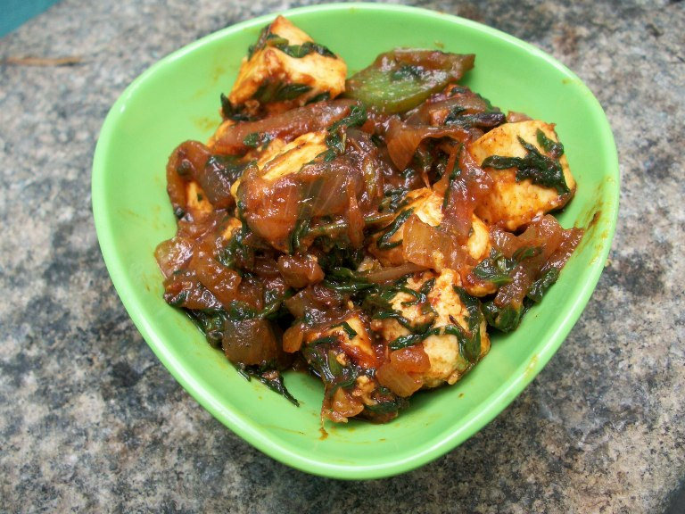 Stir Fry Paneer with Spinach & Bell Pepper / Paneer Masala with Spinach & Capsicum – Quick Stir Fry / Side Dish for Roti / Curry in a Hurry – Less than 15 mins
