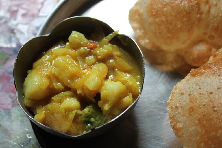 Traditional Poori Masala / Puri Masala / Potato Masala for Poori