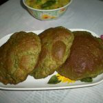 Palak Poori / Palak Puri / Spinch Poori / Deep Fried Spinach Flavoured Indian Bread