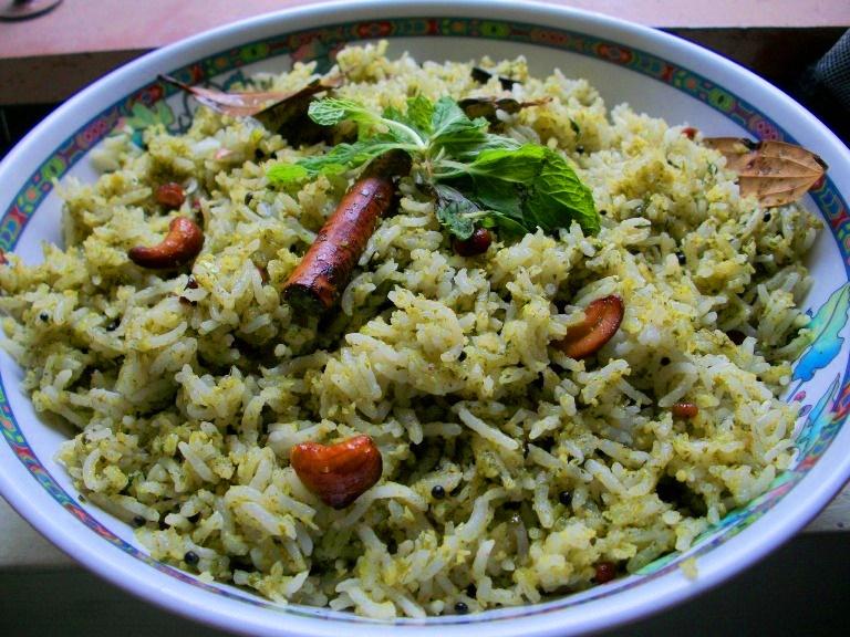 புதினா சாதம் / Pudhina Sadam / Pudhina Pulav / Mint Rice / How to make Mint Rice Mix – Leftover Rice Recipes / Lunch Box Ideas