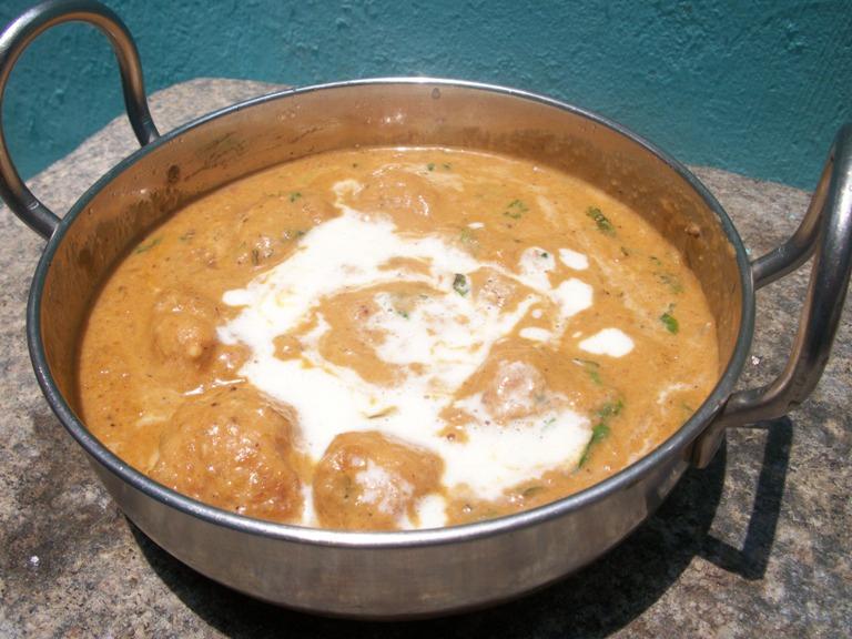 Shahi Kofta Korma / Creamy Chicken Kofta Curry / Fried Chicken Balls Cooked in a Cashew & Cream Sauce – Mughlai Recipes