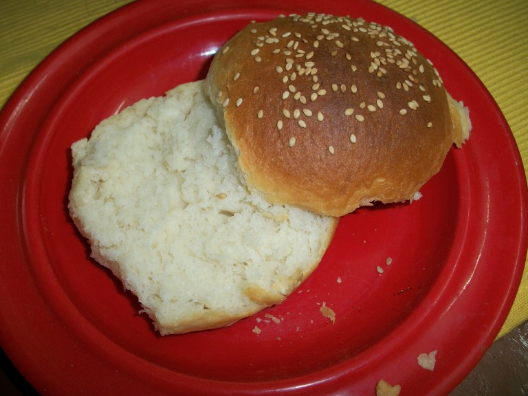 Homemade HamBurger Buns (Without Eggs) – Eggless Baking Recipes