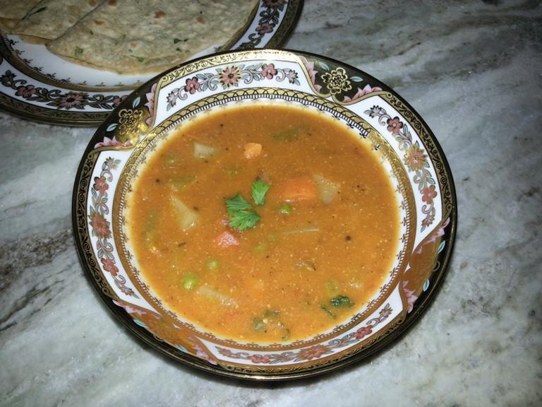 Badami Vegetable Kurma(Korma) / Veggies cooked in a Rich Almond Sauce