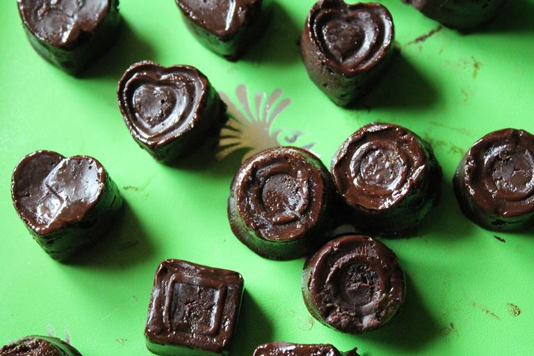 Rum & Raisans Chocolates Recipe / Cadbury Rum Raisans Temptations Recipe
