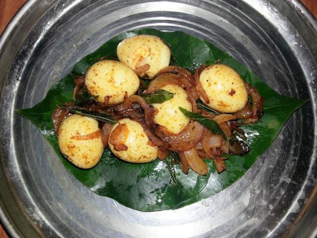 காடை முட்டை வறுவல் / Kaada Mutta Roast / Simple Quail Eggs Fry