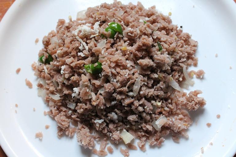 தாளிச்ச அவல் / Aval Thaalichathu (Upma) / Seasoned Poha with Coconut