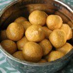 Besan Ladoo (Besan Ka Ladoo) / Gram Flour Ladoos / Sweet Chickpea Flour Balls with Cardamom & Cashews – Diwali Special Recipes