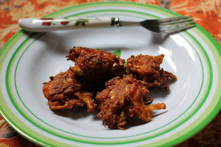 Cabbage Pakora – Quick Evening Snacks