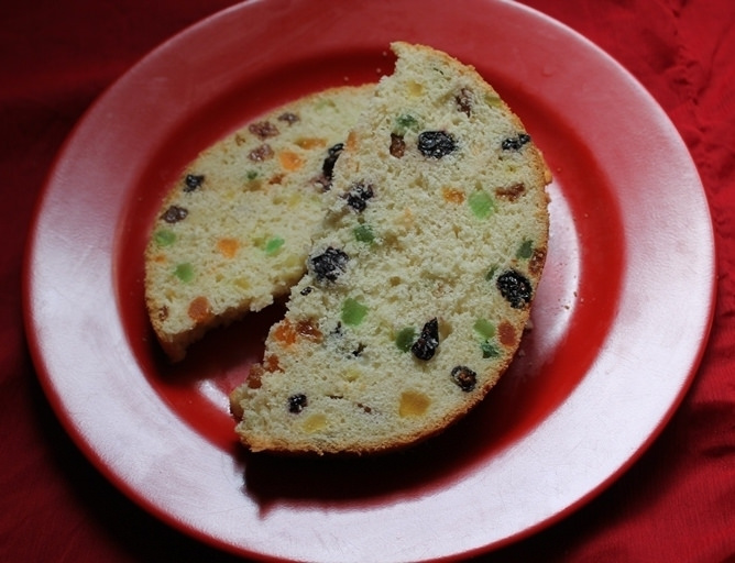 Homemade Panettone / Italian Christmas Sweet Bread ( Fruit Bread)