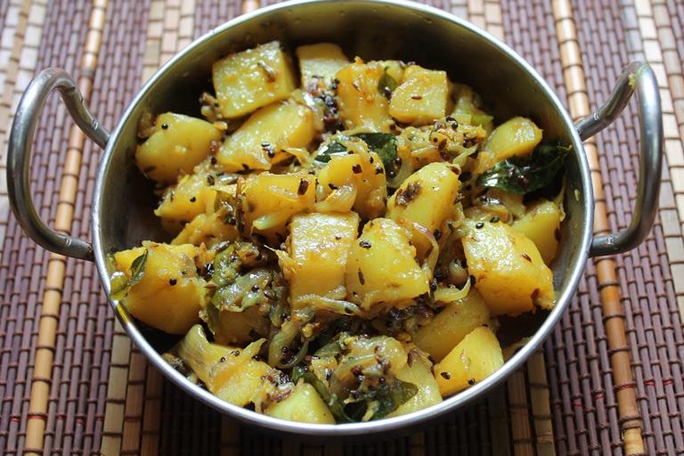 Panch Phoron Potatoes / Aloo Panch Phoron / Potatoes with Bengali Five Spice Mix