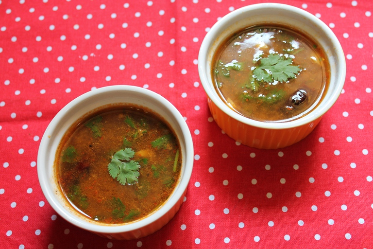 Garlic Rasam / Garlic Flavoured Soup with Freshly Roasted & Ground Spices
