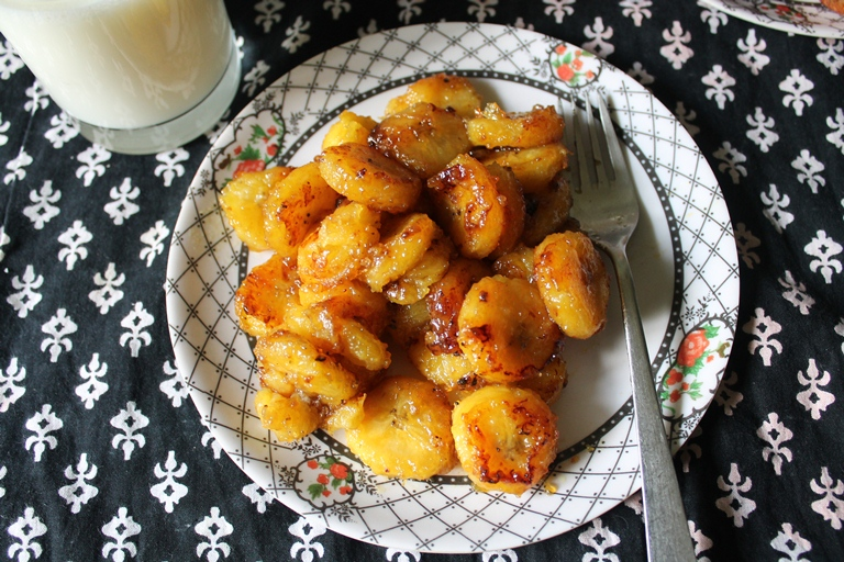 Nendrapazham Roast / Caramelized Ripe Plantain to Share the Sweetest News Ever