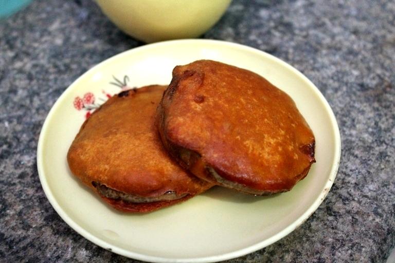 Brinjal Bhajji / Brinjal Bajji / Deep fried Battered Brinjal