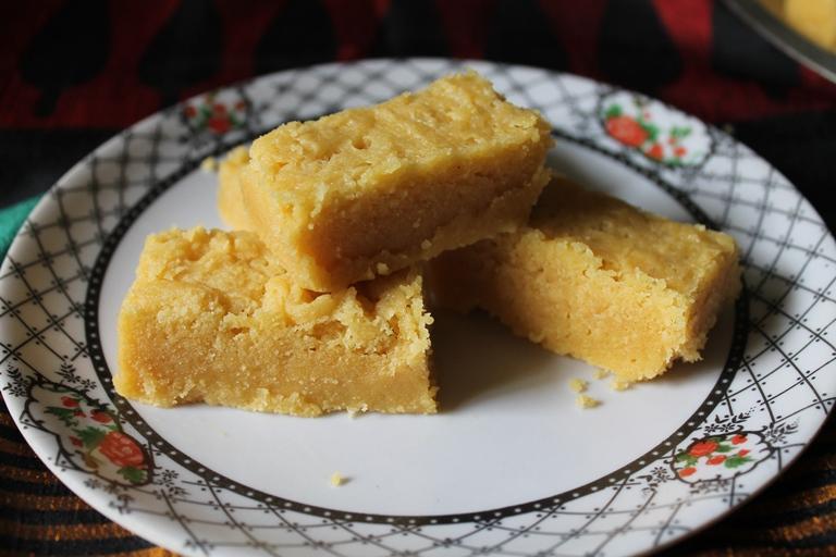 Ghee Mysorepak / Besan Barfi / Chickpea Flour Fudge