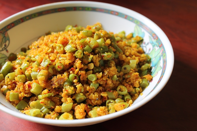 Parupppu Usili / Beans Usili / Green Beans Cooked with Spiced Toor Dal – Iyengar Style