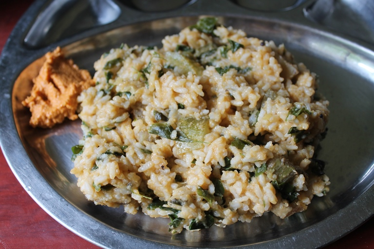 Amma's Kootanchoru Recipe / A Mixture of Rice, Dal, Vegetables, Drumstick Leaves & Spicy Coconut Masala – Typical SouthIndian Rice Dish