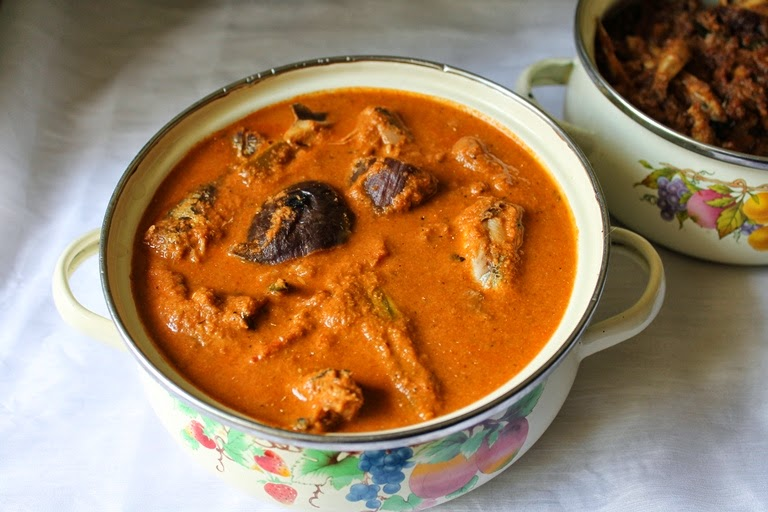 Hubby's Fish Curry Recipe / Hubby's Chala Meen Kulambu / Zero Oil Sardine Fish Curry