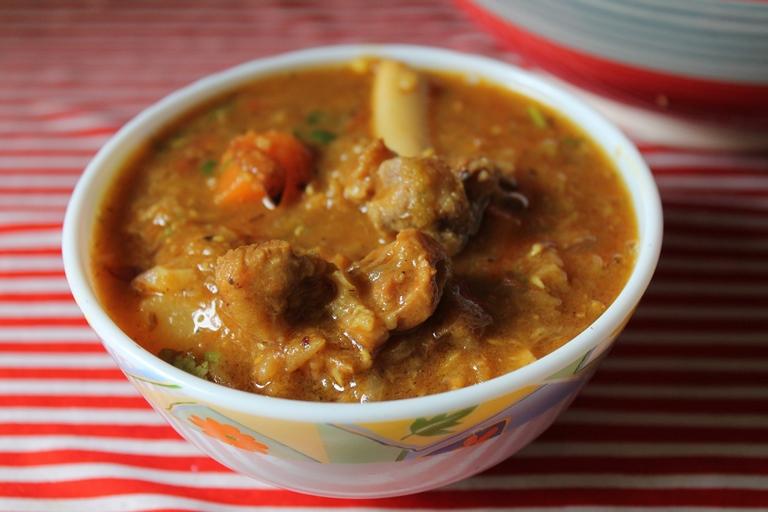 Mutton Dalcha / Hyderabadi Mutton Dalcha / Lamb, Dal & Vegetable Gravy – Sidedish for Briyani & Ghee Rice