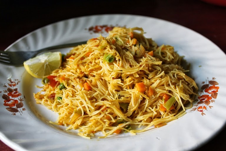Semiya Bhath (Bath) / Semiya Vegetable Upma / Vermicelli Upma / Vermicelli Bhath / Vermicelli Masala Bhath