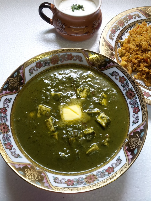 Palak Paneer / Indian Cottage Cheese Cooked in a Creamy Spinach Sauce