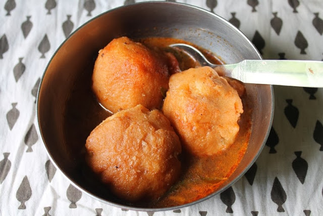 Amma's Rasam Vadai / Rasam Vada / Rasa Vadai / Rasa Vada – Restaurant Style Melt in Mouth Vadai's