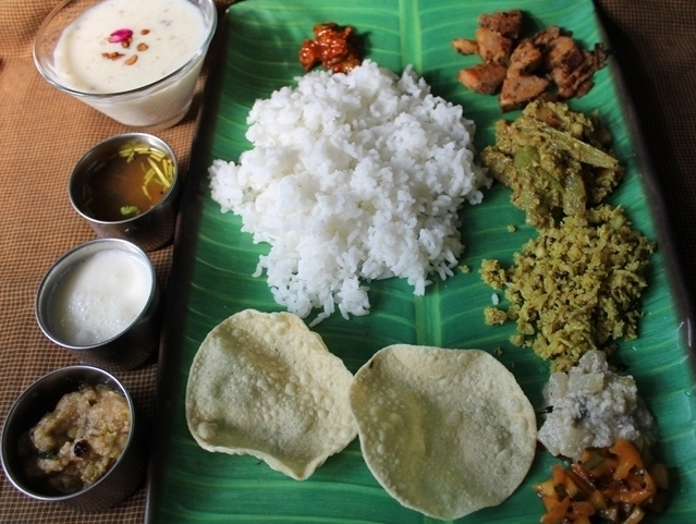 Lunch menu 6 simple south indian lunch menu south indian lunch but today is also a typical southindian meal which we make on fridays or any functions like pongal ammavasai wedding days or even our birthdays forumfinder Images
