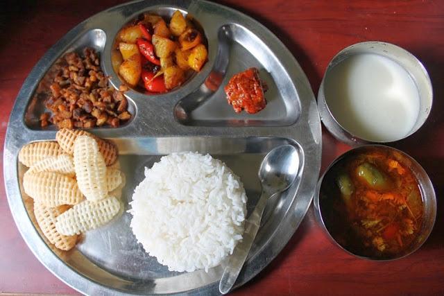 Lunch Menu 5 – Malli Rasam, Potato Capsicum Poriyal, Siru Kizhangu Poriyal